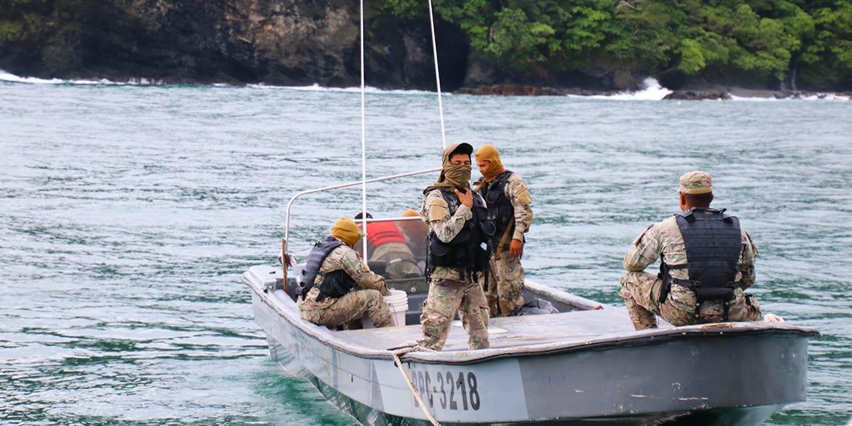 November 2015 panama fishing report for Panama fishing lodge